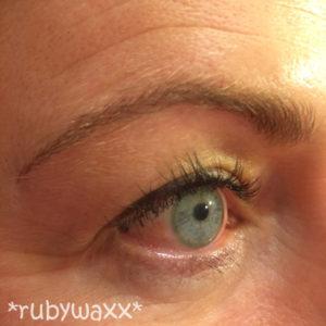 eyebrow-microblading-02b